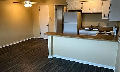 Greenwood Apartments, 2