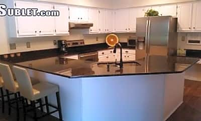Kitchen, 1407 Holleman Dr, 1