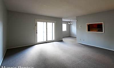Living Room, 920 N Linden St., 1