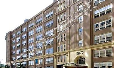 Building, 540 N Lake Shore Dr - Unit 611, 0