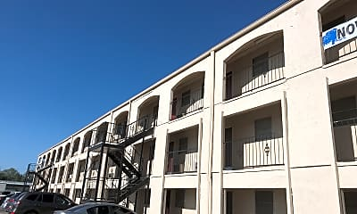 Cliffhouse Apartments, 0