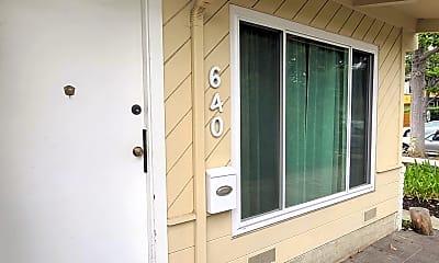 640 Homer Ave, 1