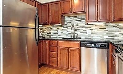 Kitchen, 106 13th St 307, 1