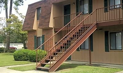 Jac-Lyn Apartments, 0