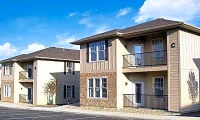 Alvadora Apartments, 1