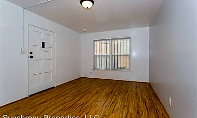 Building, 535 Linden Ave, 1
