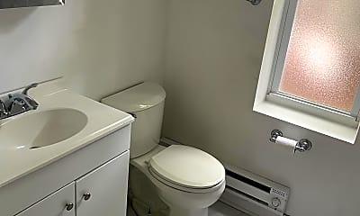 Bathroom, 1261 N 23rd St 2, 2