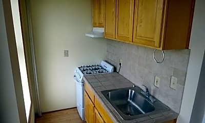 Kitchen, 227 17th St 3, 1