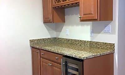 Kitchen, 60 Commonwealth Avenue, 2