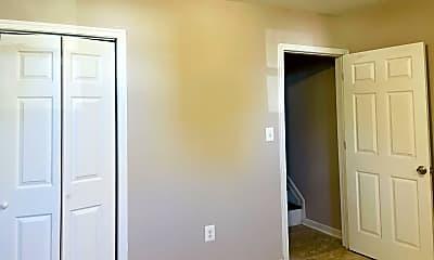 Bedroom, 417 E Lafayette Ave, 2