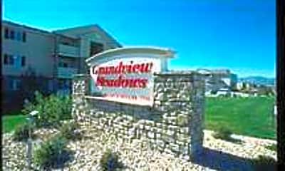 Grandview Meadows, 1