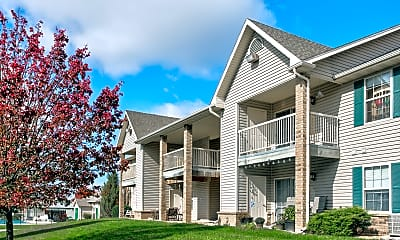 Building, Crosswood Apartments, 0
