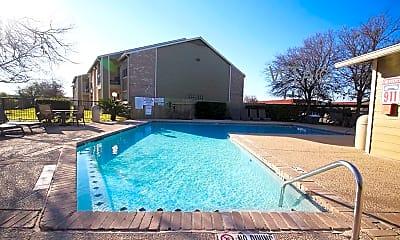 Pool, 3600 Eisenhauer, 2