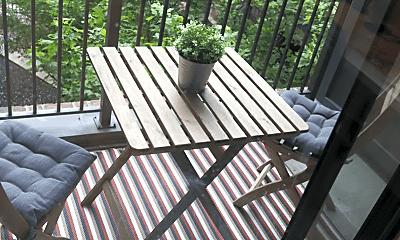 Patio / Deck, 295 E Long St, 2