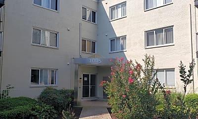 Building, 1005 Chillum Rd 410, 0