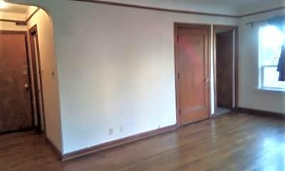 Bedroom, 407 NE 45th St, 1