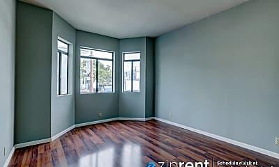 Living Room, 2270 Mission St, 1