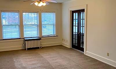 Living Room, 3927 Ingersoll Ave, 0