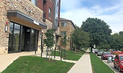 Whistler Apartments, 2