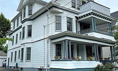Building, 17 Cottage St 2, 1