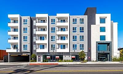 Building, Moderno NOHO West, 1