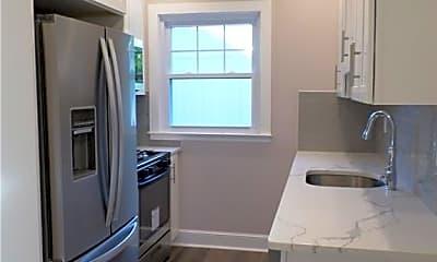 Kitchen, 170 High Ave 3, 1
