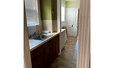 Bathroom, 16 Paradise Rd, 2