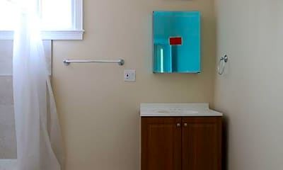 Bathroom, 22 Beethoven St, 2