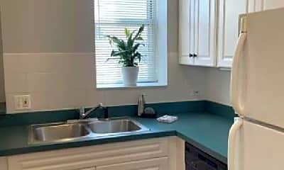 Kitchen, 2034 N Damen Ave, 1