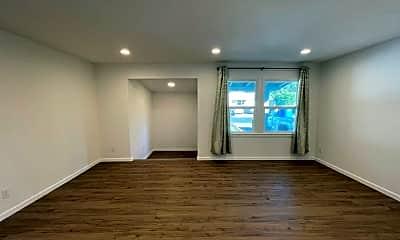 Living Room, 1441 San Carlos Ave, 1