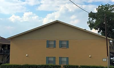 Spanish Trace Apartments, 2