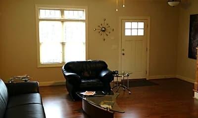 Living Room, 321 Arlington Ave, 2