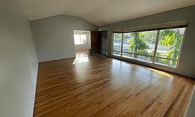 Living Room, 2092 W Monterey Ave, 1
