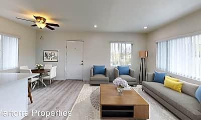 Living Room, 169 Walnut St, 1