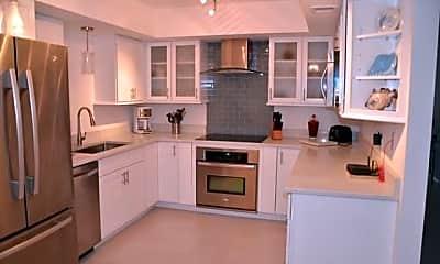 Kitchen, 500 Ocean Trail Way 306, 2