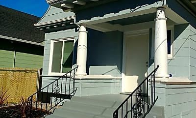 Building, 722 30th St, 0