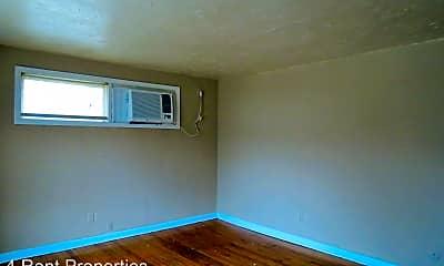 Living Room, 21 Proctor Dr, 1
