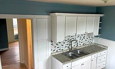Kitchen, 1605 6th St, 1