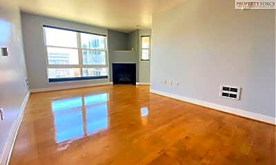 Living Room, 851 Van Ness #303, 1