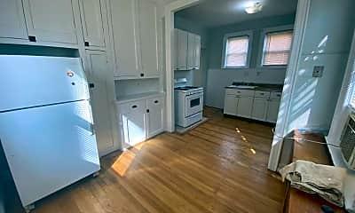 Kitchen, 2892 E 197th St, 1