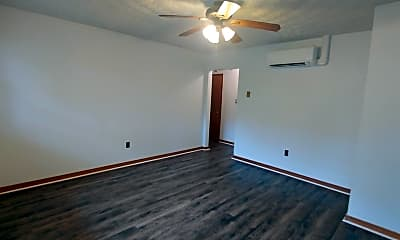 Bedroom, 2121 Miller Ave, 2