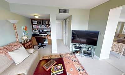 Living Room, 241 N Vine St, 1