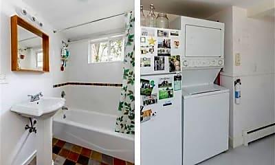 Bathroom, 17 Bellis Cir, 0