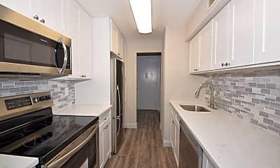 Kitchen, 235 W Park Ave 407, 1