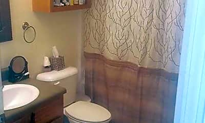 Bathroom, Kirklin Heights Apartments, 2