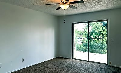 Living Room, 6413 NW 63rd St, 2