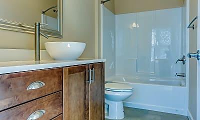 Bathroom, Centerpointe Apartments, 2