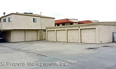 Building, 3581 Farquhar Ave, 2