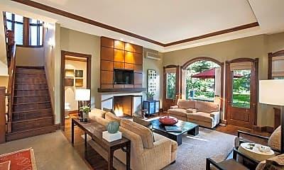 Living Room, 302 N 2nd St, 1
