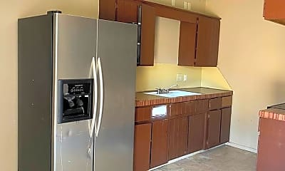 Kitchen, 4308 Howell Ave, 2